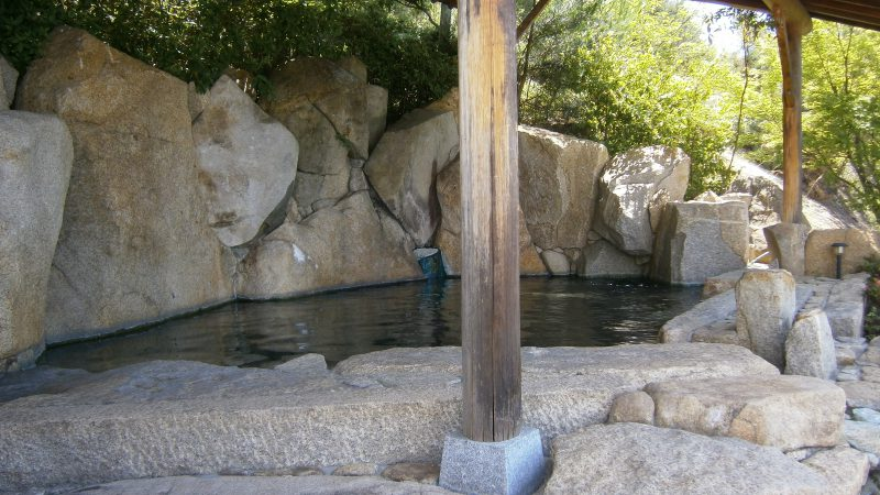 露天風呂からの眺め・・・|瀬戸内の宿 竹原シーサイドホテル